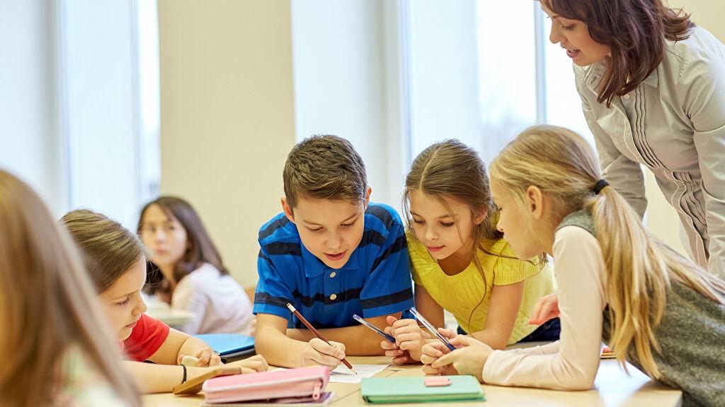 Интересные уроки английского для детей: вкусный English и никаких камней!